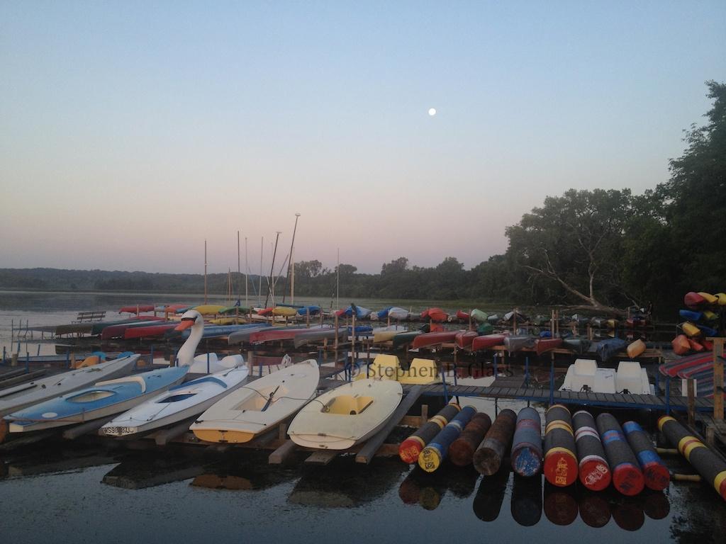 Moon Over Lake Wingra >> Lake Wingra Sunrise And Moon Set Wingrasprings